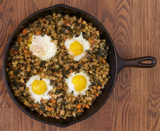 hash w eggs, pan handle side