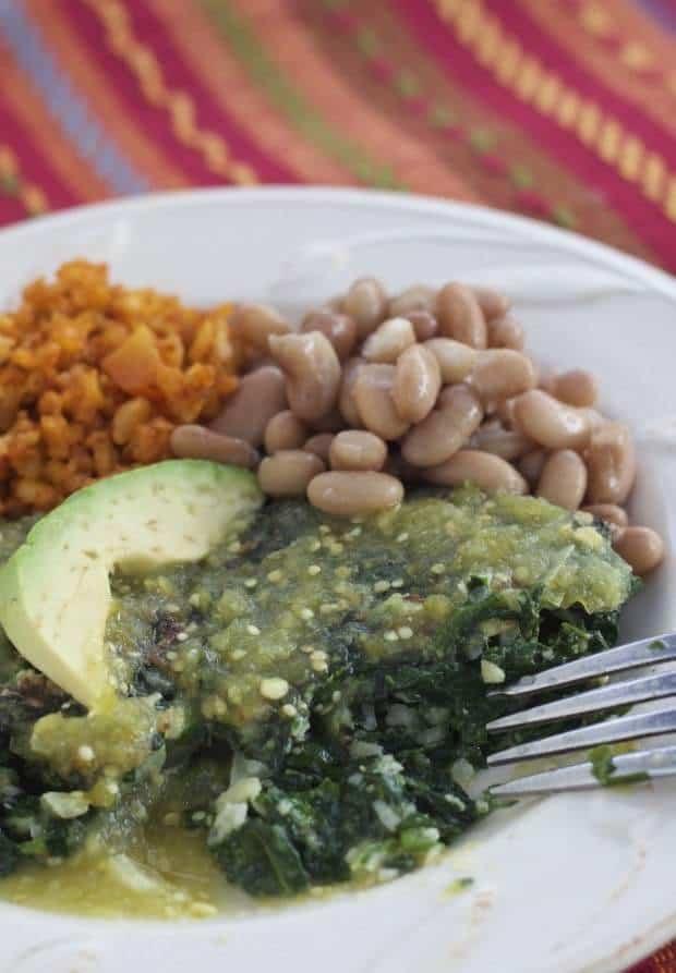 Tortas de Espinaca Carmen/Spinach Patties with Salsa Verde