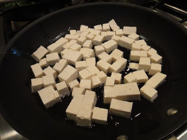 tofu cubes cooking for Lacquered tofu