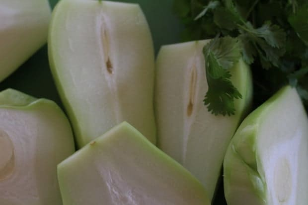 chayotes cut for chayote chile soup