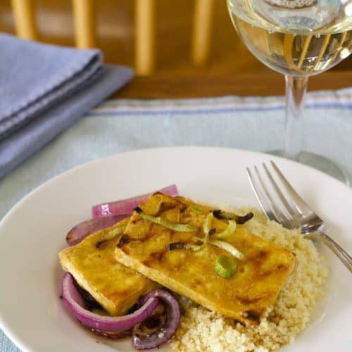 jalapeno orange glazed tofu with red onions and fennel