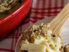 Sunflower Crusted Macaroni and Cheese {gluten free}