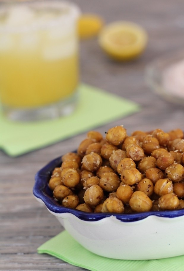 Spicy Roasted Chickpea Snacks