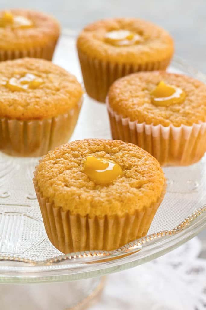 5 lemon cupcakes on platter