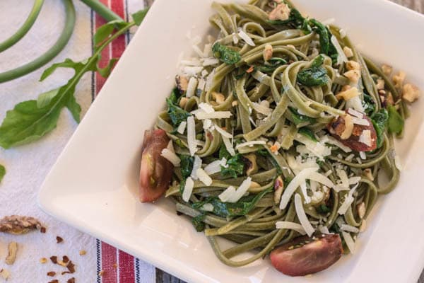Spinach Fettuccine with Arugula and Tomatoes