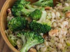 Barley Pilaf with Leeks, Walnuts, and Broccoli {vegan}