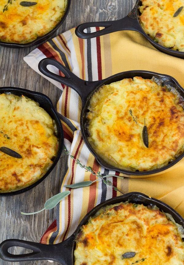 Vegan Shepherd's Pie with Savory Mushroom Gravy 5 pans